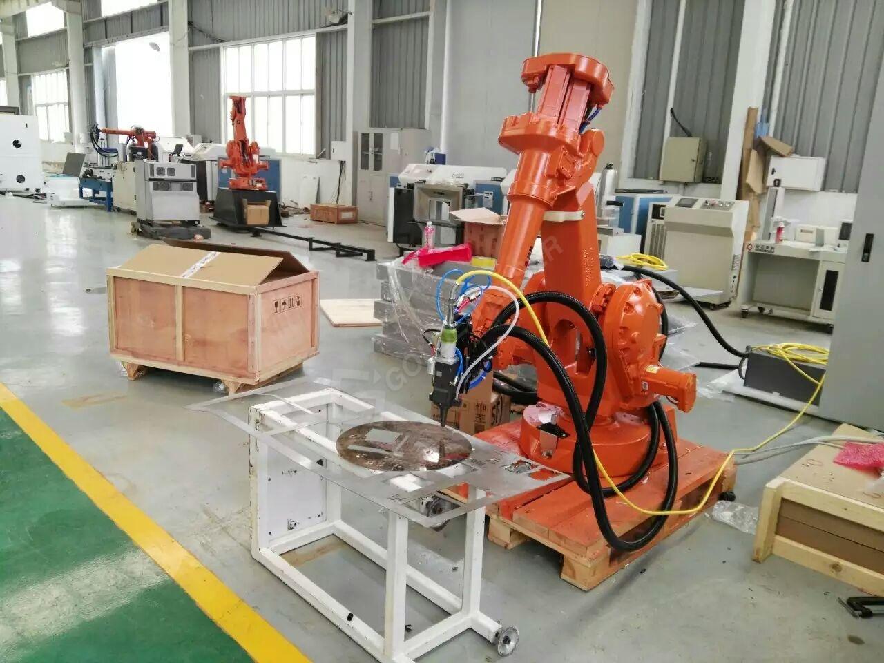 PriceList for 2mm Steel Laser Cutting Machine - Fiber Laser Robot Arm 3D Cutting Tube / Pipe – Vtop Fiber Laser