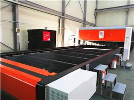 taglio laser in fibra 6kw