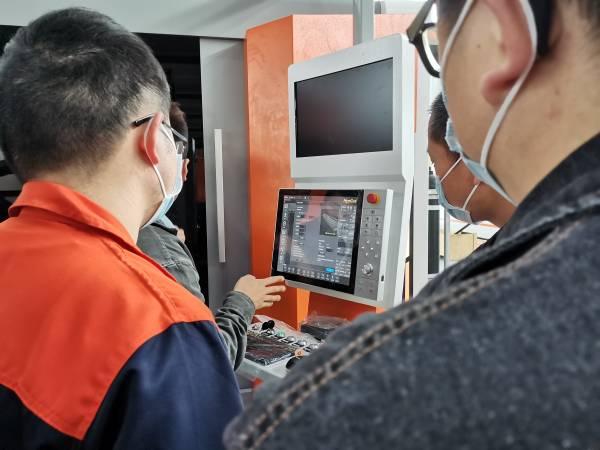 trainning on 12 kw fiber laser cutter